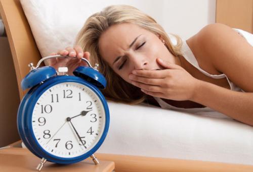 Stress, lạm dụng rượu hay thuốc dễ mất ngủ