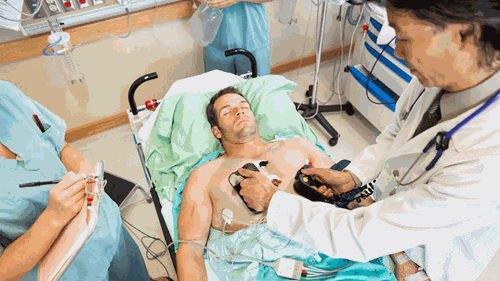 Sử dụng sốc điện trong cấp cứu