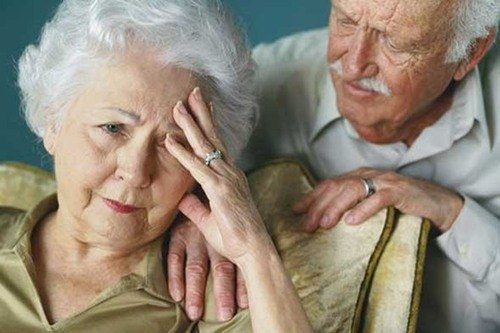 bệnh Alzheimer không phải là dấu hiệu bình thường ở người cao tuổi.
