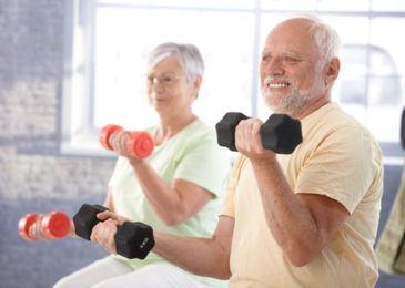 Vai trò của tập thể dục và thay đổi lối sống tích cực với người Loãng xương