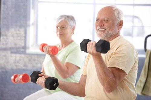 Cần thường xuyên luyện tập thể dục thể thao để phòng ngừa loãng xương