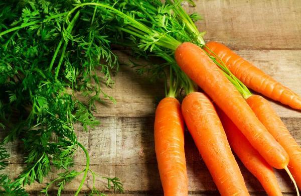 cà rốt có tác dụng với da tay