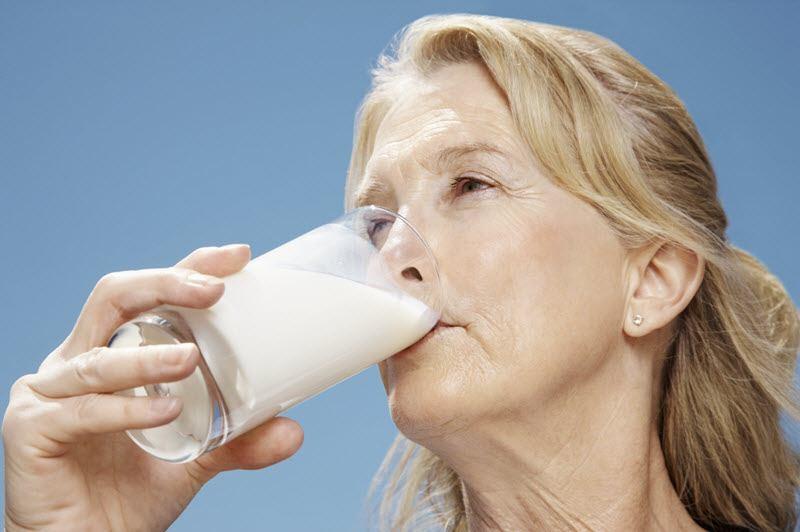 Ăn uống thế nào để chống loãng xương tốt nhất?