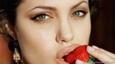 Cách chăm sóc đôi môi cáng mọng