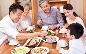 Những thói quen ăn uống gây hại đến sức khỏe người già