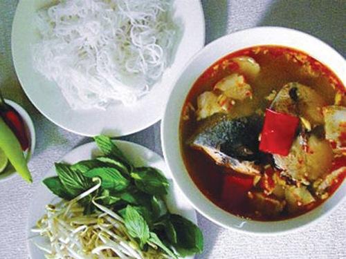 Cách làm bún cá ngừ thơm ngon hấp dẫn
