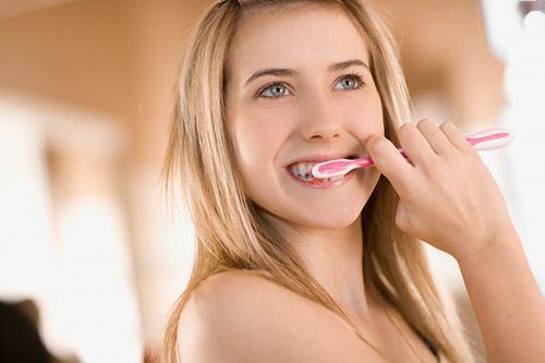 Đánh răng thế nào cho đúng