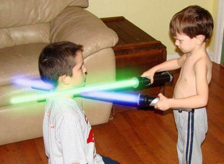 Những loại đồ chơi gây nguy hại cho trẻ em