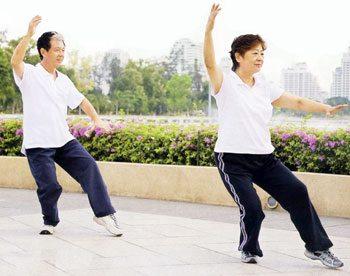 Dùng trà thuốc dưỡng sinh bảo vệ sức khỏe kéo dài tuổi thọ