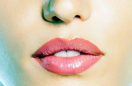 Hướng dẫn Trang điểm môi, mũi đẹp quyến rũ