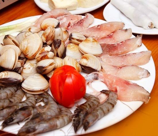 Cách làm lẩu hải sản thơm ngon đặc biệt