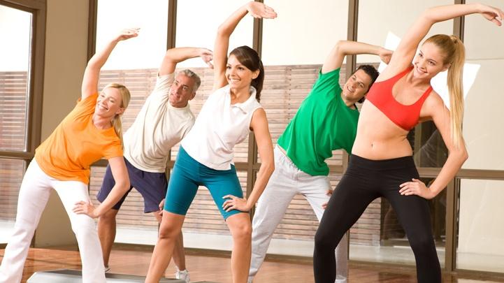 Hãy tập thể dục, chơi thể thao... thể thao sẽ giúp ta quên đi phiền muộn