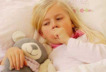 Sử dụng thuốc trị ho cho trẻ đúng cách