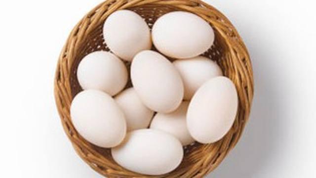Trứng gà bổ hơn trứng vịt?