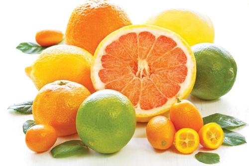 Các trái cây càng chua càng có nhiều Vitamin C ?